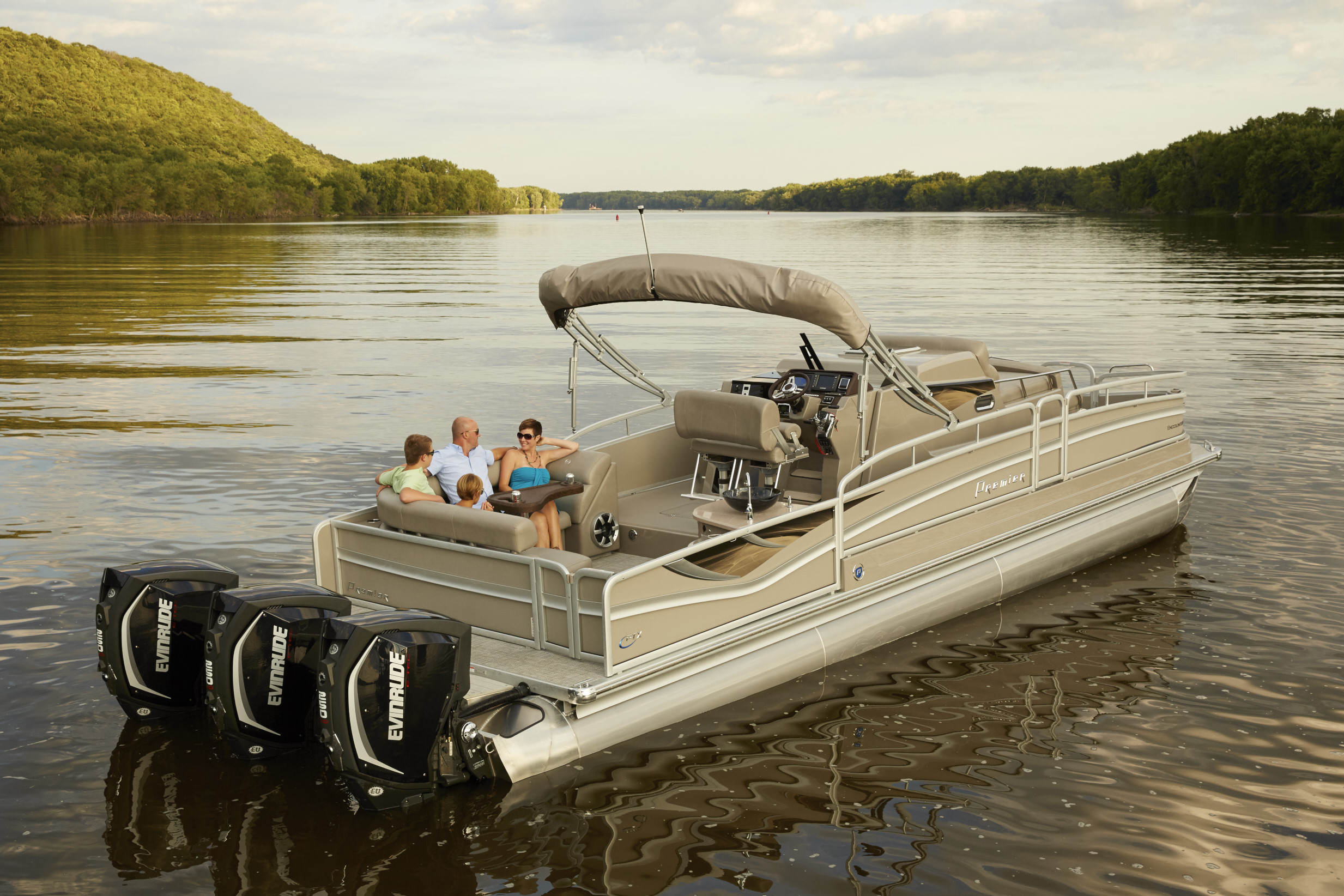 Premier Launches First Cabin Cruiser Company Newsroom Of
