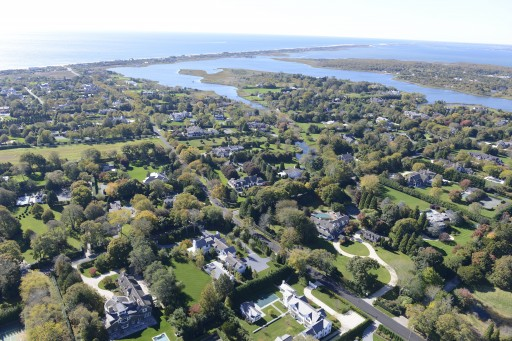 New Luxury Property Hits The Market in Southampton, New York - 291 Great Plains Road