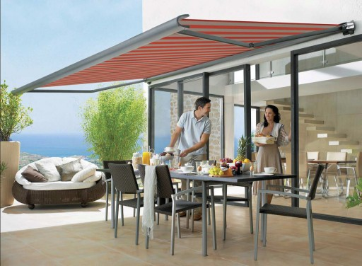 Retractable Awnings Growing in Popularity As A Home Add-On
