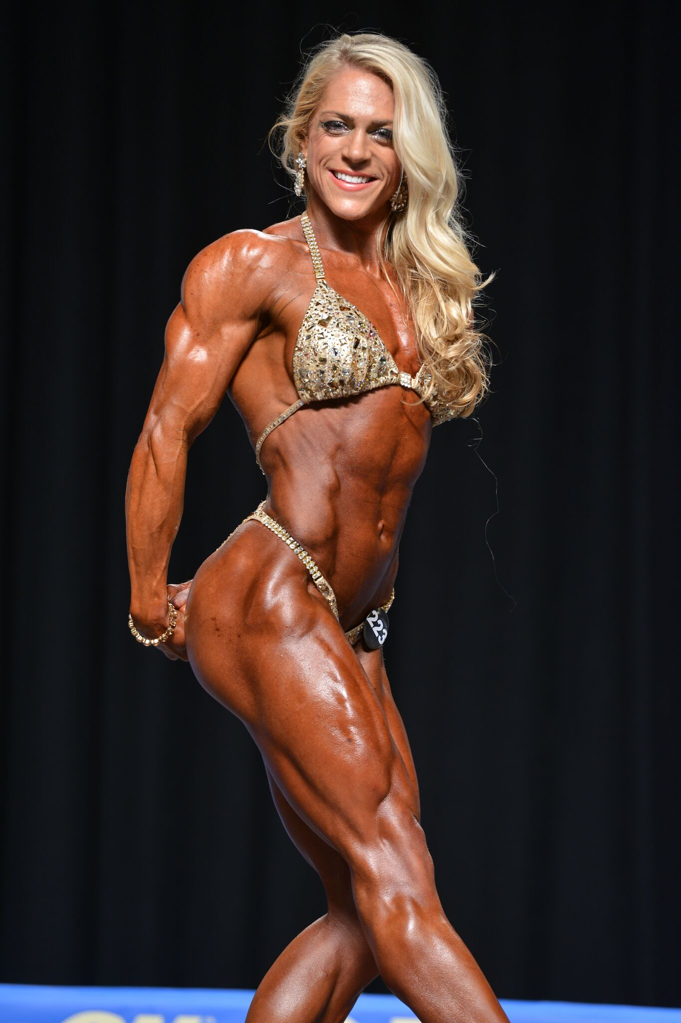 Kat Secor Makes Pro Bodybuilding Debut | Newswire