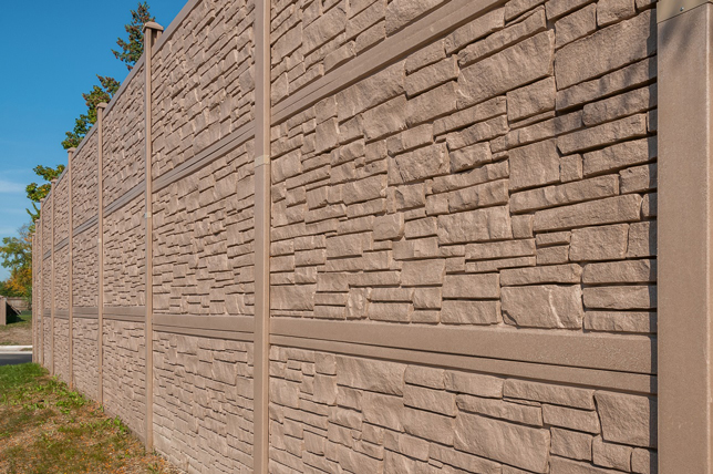 Fence Manufacturer Helps Idot Reduce Noise Barrier Project