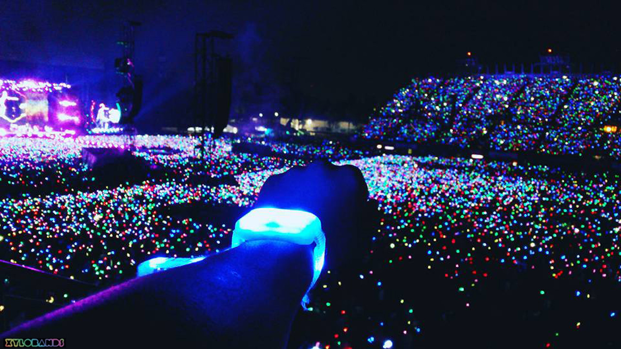 Coldplay Wristbands Light Up Audiences On A Head Full Of