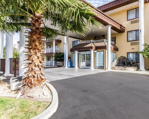 Comfort Inn Red Bluff, CA, Taps SBA 504 Refinance Program to Lower Monthly Mortgage Payments With $3.7M Loan From Capital Access Group
