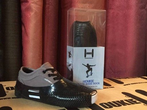 ​Introducing the HOUKIE Skateboard Shoe Protector - a Revolutionary Product Developed to Stop Skate Shoes From Getting Shredded