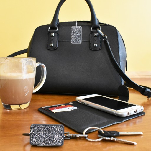 Finders Key Purse Plus™ Brings Safety Into the Bluetooth Tracking Space