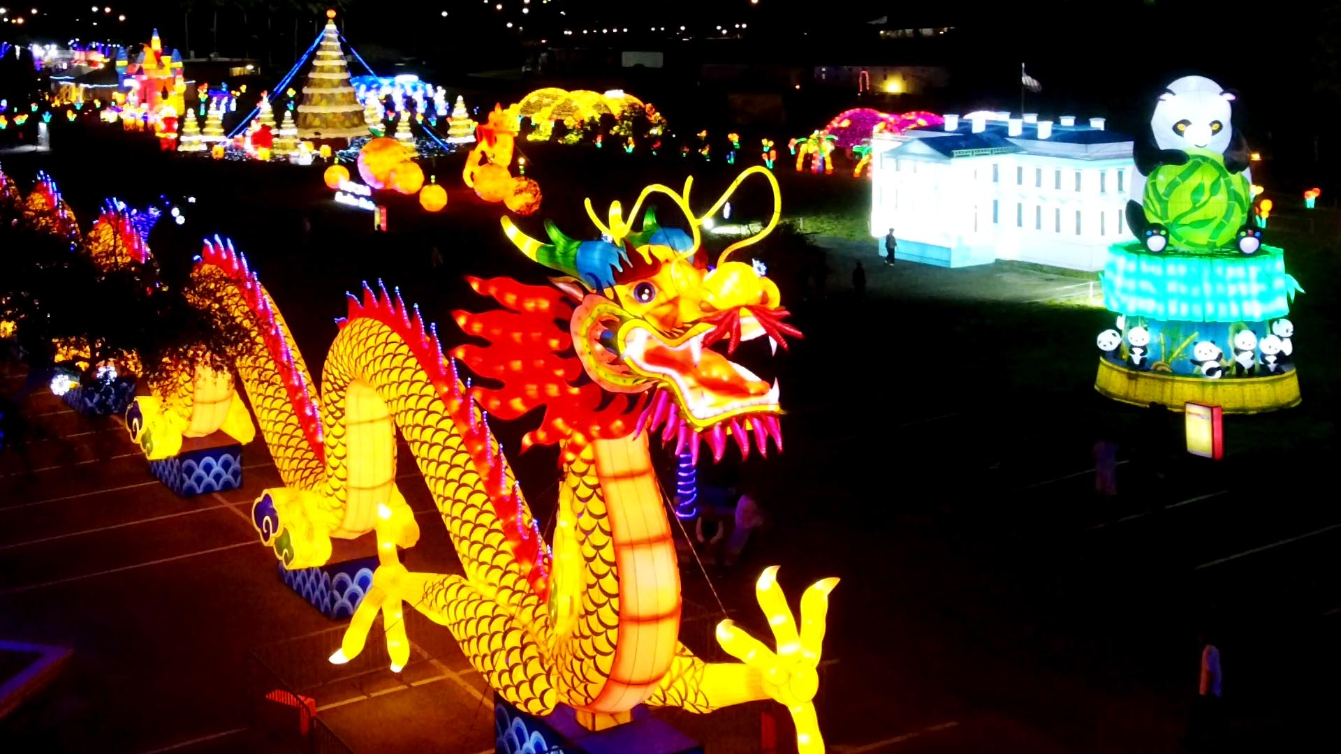 Pinnacle Auto Sales >> Chinese Artisans Prepare for Grand Opening of Lantern ...
