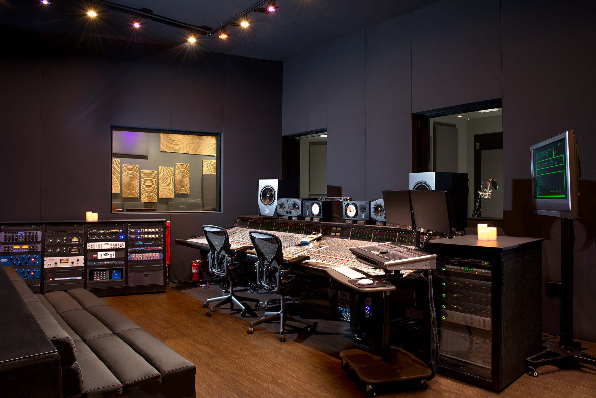hybrid studios and orange county production house hold reverbnation competition newswire. Black Bedroom Furniture Sets. Home Design Ideas