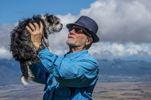 Ken Sutiak Is an Animal Lover Who Devotes His Time and Energy to Help Stray Animals