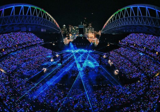 Coldplay Tour in Seattle Energizes Everyone With Xylobands Light Up Wristbands