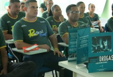 Training Rio volunteers on The Truth about Drugs materials so they understand the program and what it contains.