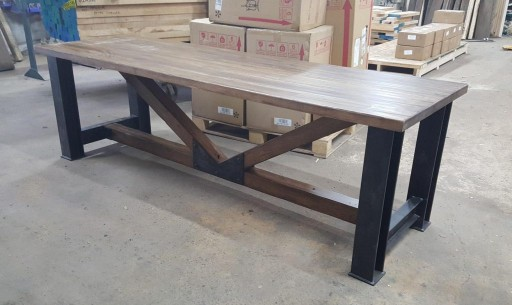 TimeWorn Wood to Give Away Dining Room Table to Deserving Minneapolis Family