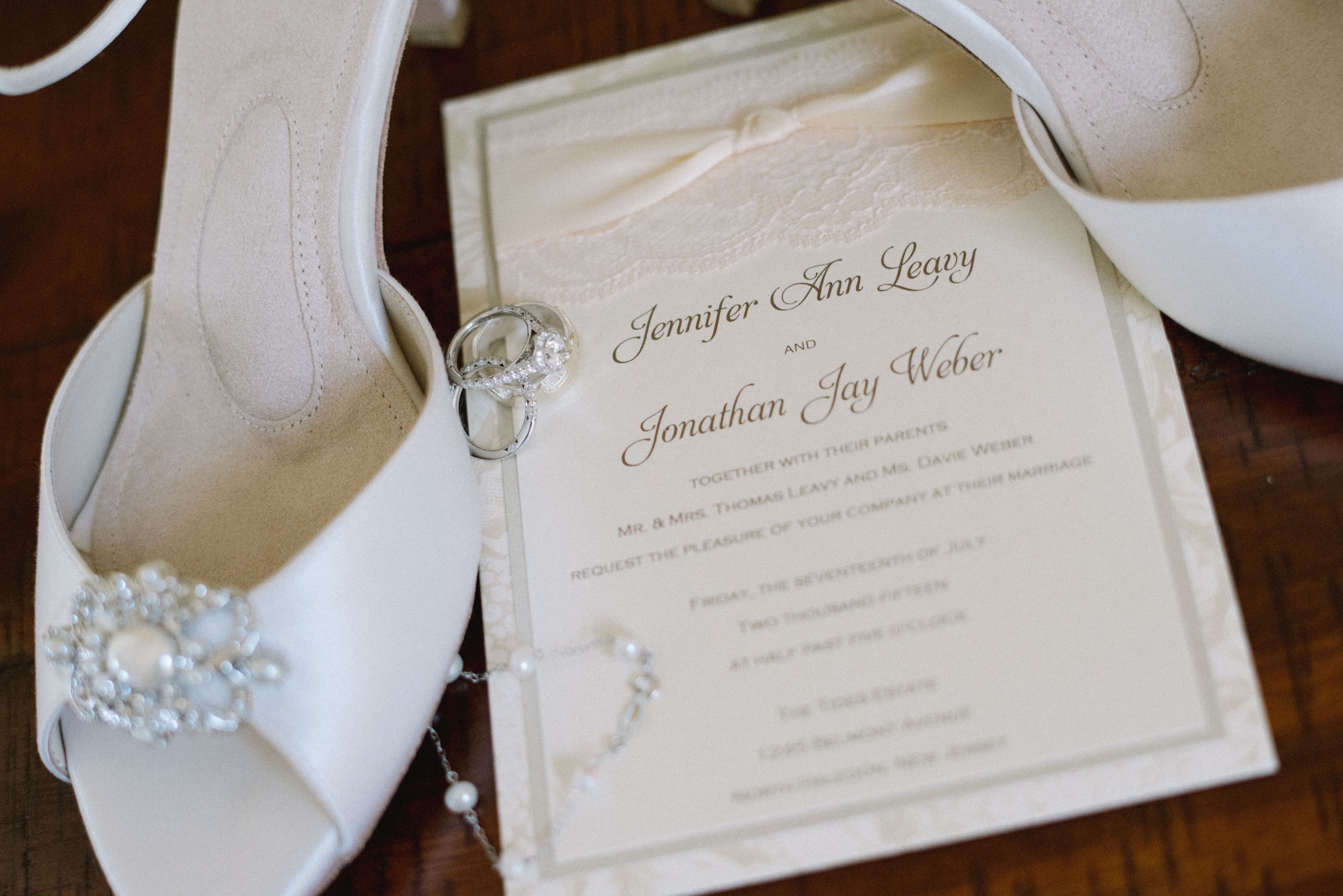 Online Wedding Invitation Websites: Luxury Online Wedding Invitation Boutique, Lavender