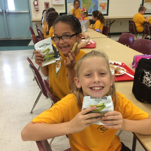 Harvest Snaps and Table for Two Reunite to Fight Obesity and Hunger With Students - Snappy Idea for Giving Back