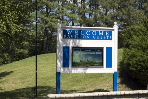 Kings Dominion Welcomes Park Guests With Mvix Digital Signage