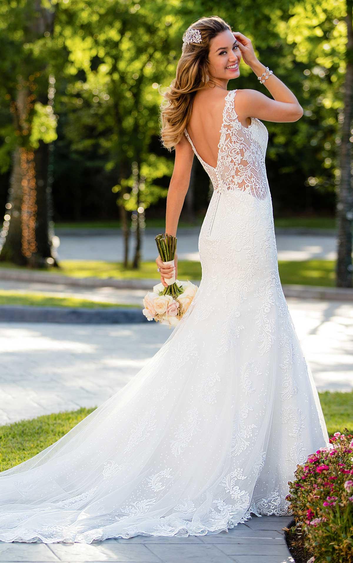 Fast Growing Designer Stella York Unveils New Bridal